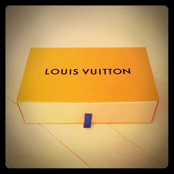c2cce8f783eb Louis Vuitton Other - Authentic Medium size LV Box